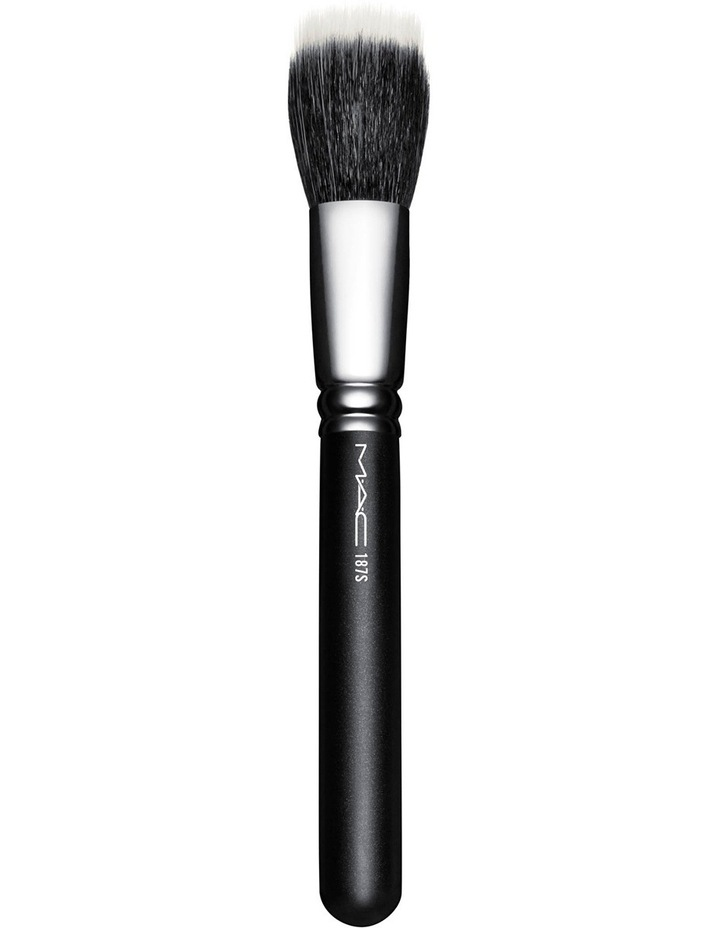 187S Duo Fibre Face Brush image 1