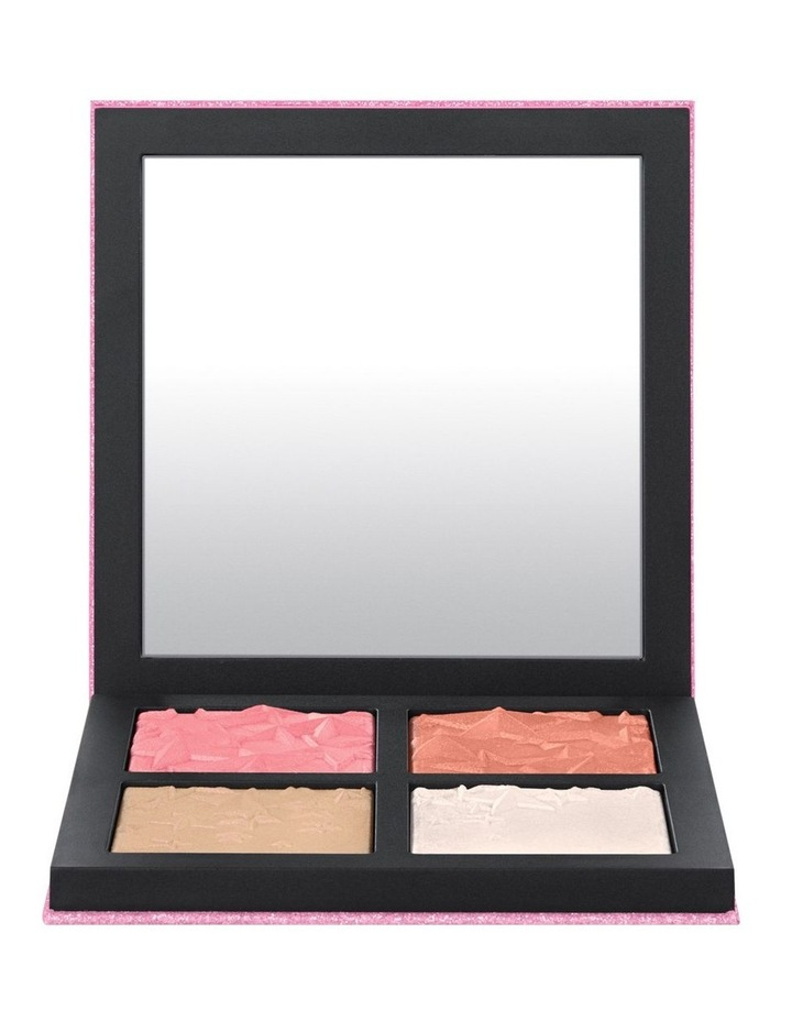 Star-Dipped Face Compact: Light image 1