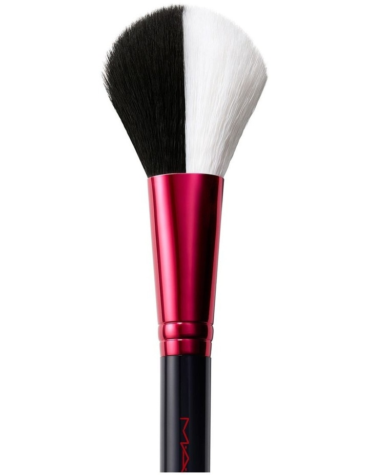 129S Brush / The Disney Cruella Collection By M.A.C image 1
