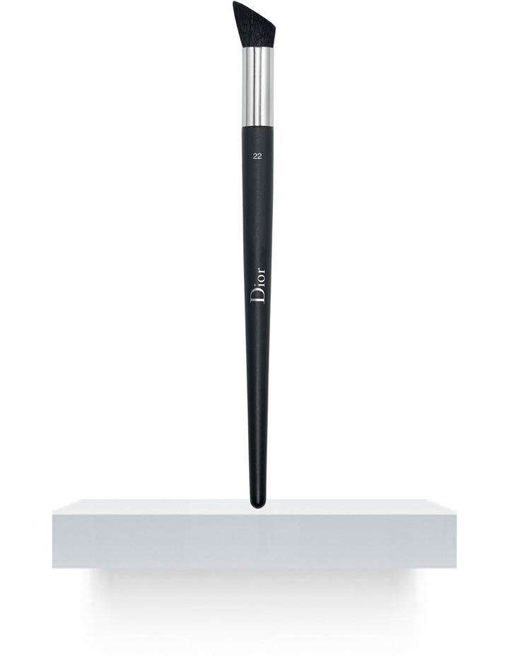 Professional Finish Eyeshadow Brush Large image 1