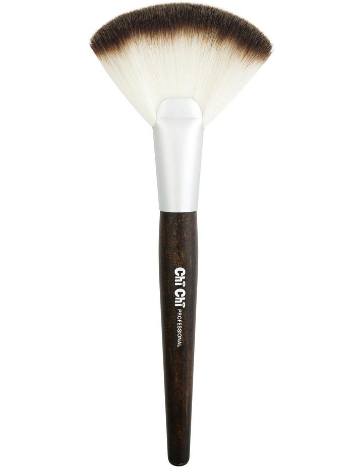 Chi Chi Powder / Fan Brush - 109 image 1