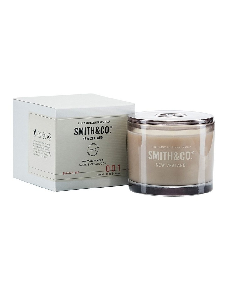 Smith & Co Candle 250g Tabac & Cedarwood image 1