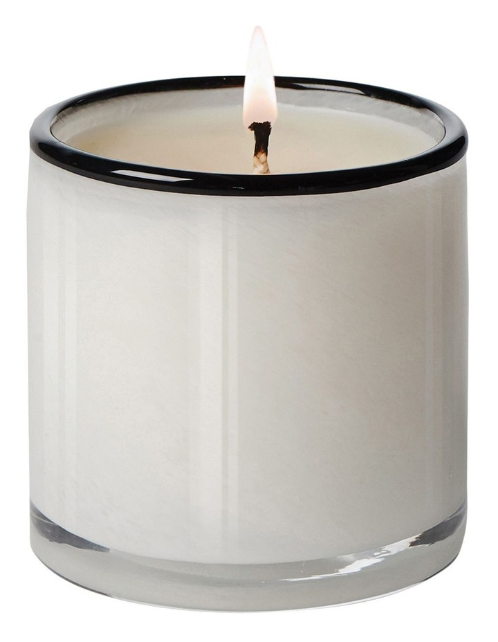Champagne Signature Candle 440G Penthouse image 2
