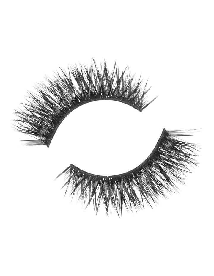 Look Real Faux Lashes - Dramatic - Adriana image 3