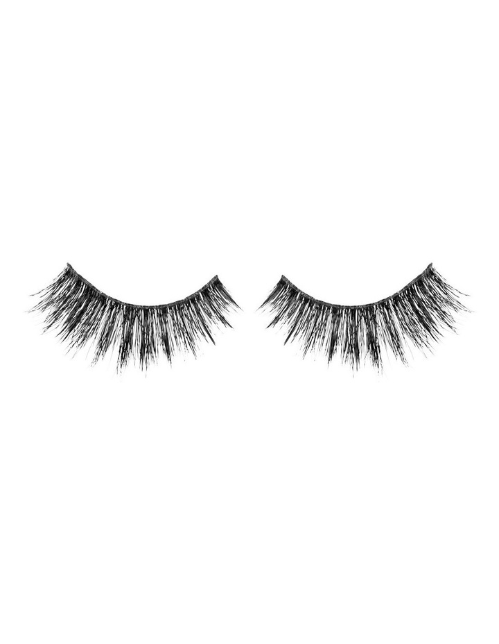 Look Real Faux Lashes - Dramatic - Linda image 2