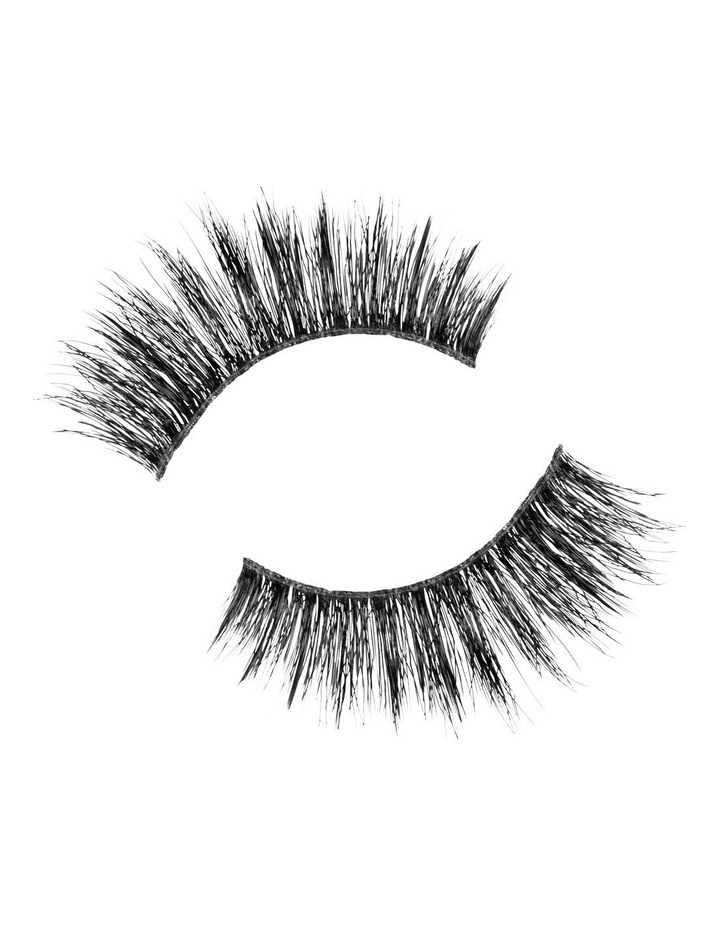 Look Real Faux Lashes - Dramatic - Linda image 3