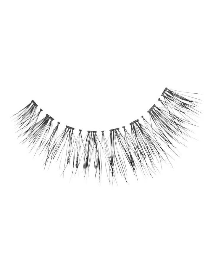 Look Real Faux Lashes - Natural - Amber image 1