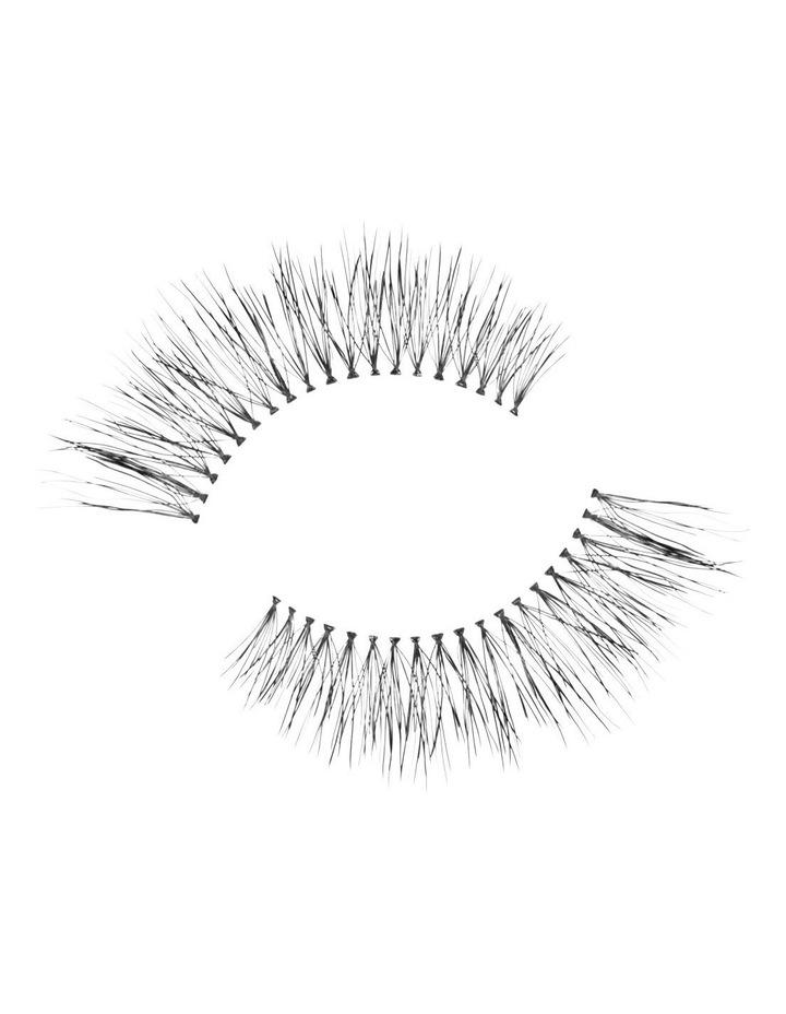 Look Real Faux Lashes - Natural - Eva image 3