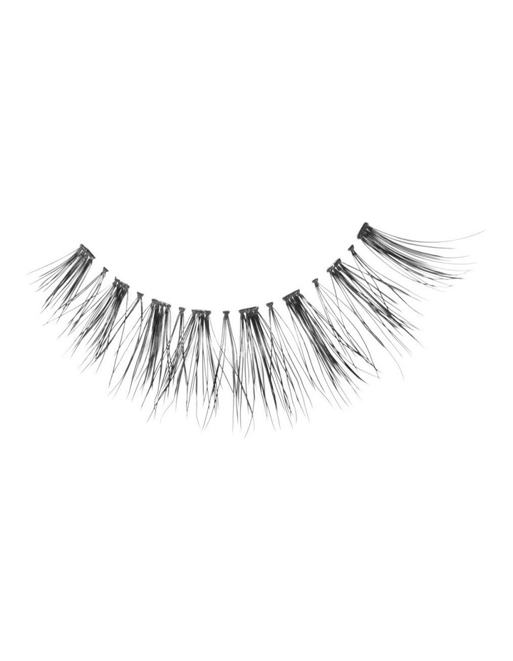 Look Real Faux Lashes  - Glamour  - Helena image 1