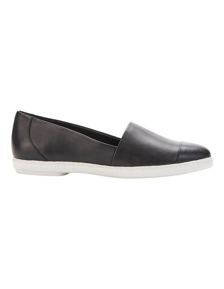 KL109953 Chespie Black Flat Shoe image 2