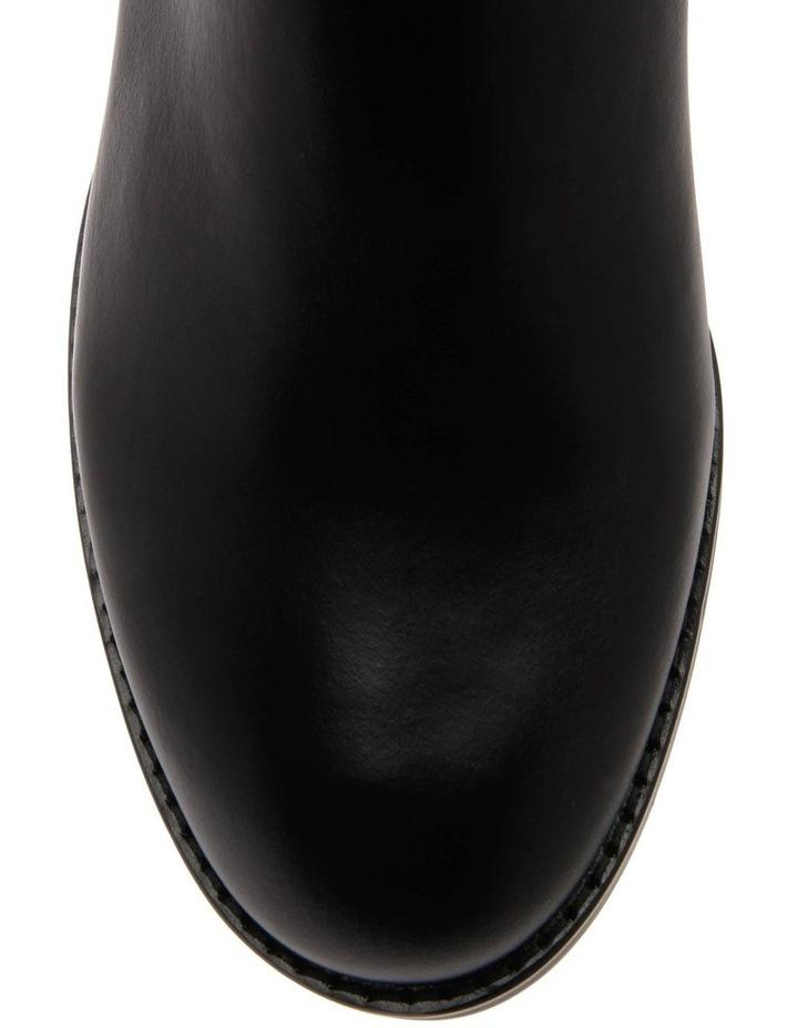 Helen Boot image 2