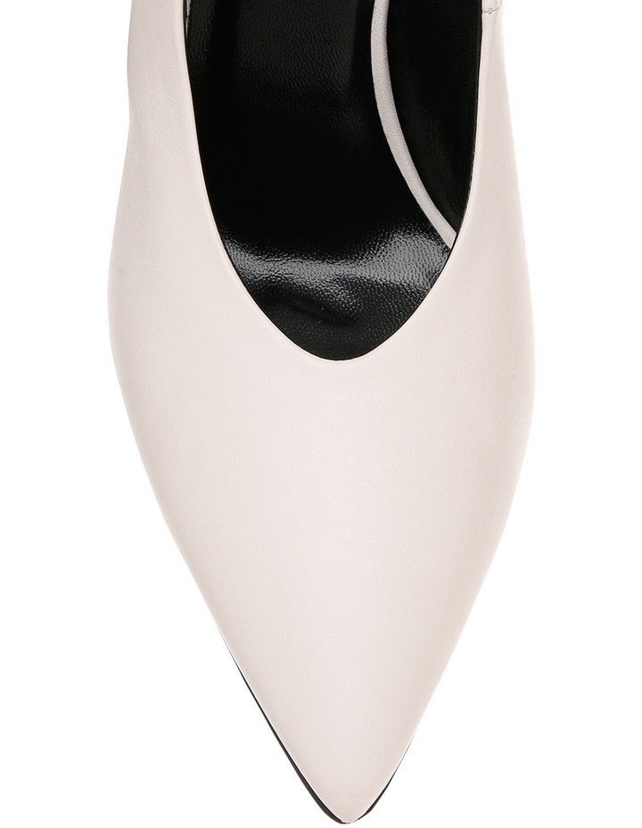 White B8W6037-1563WHO 1563 White Heel Shoe image 3