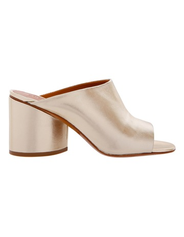 55e7f50b99565 Designer Shoes For Women