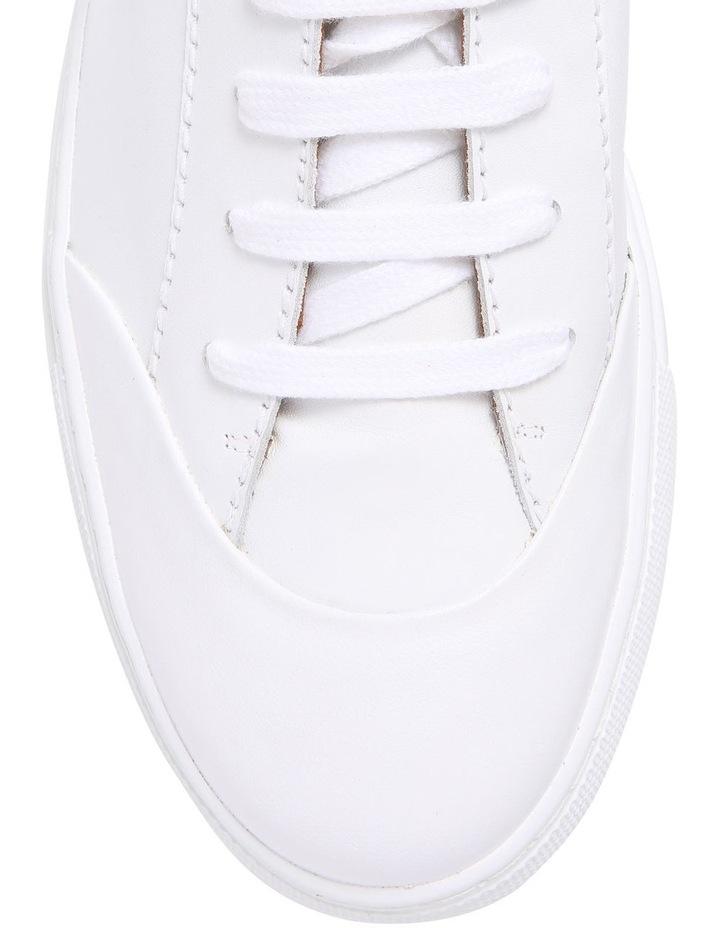 White Sneaker JO32022A image 3