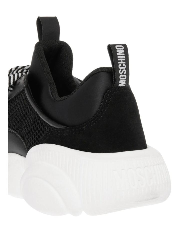 Fantasy Sneaker image 3