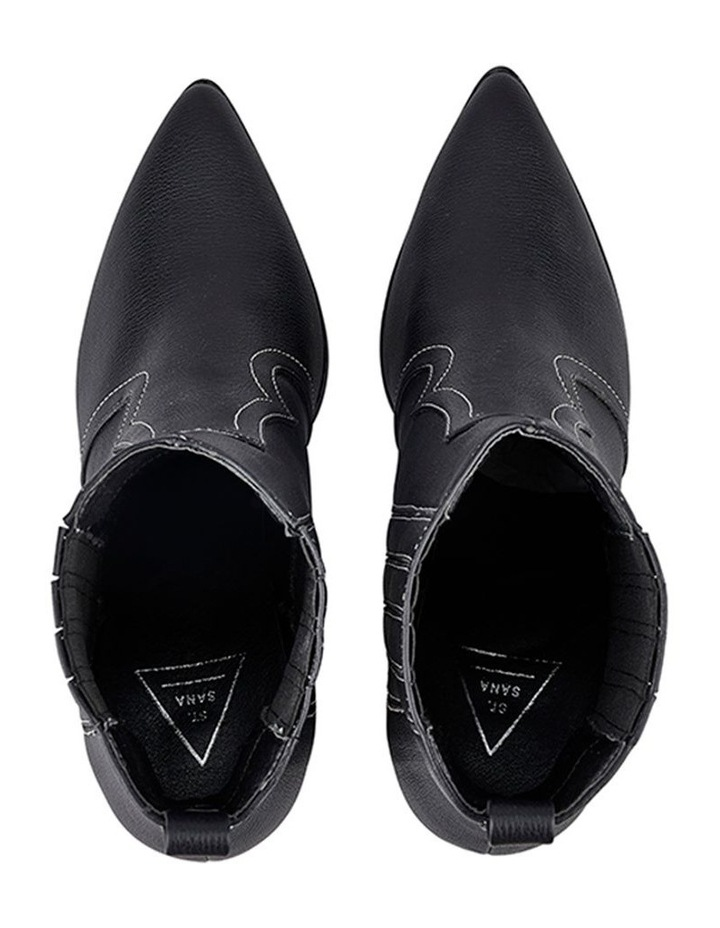 Bentley Boot image 4