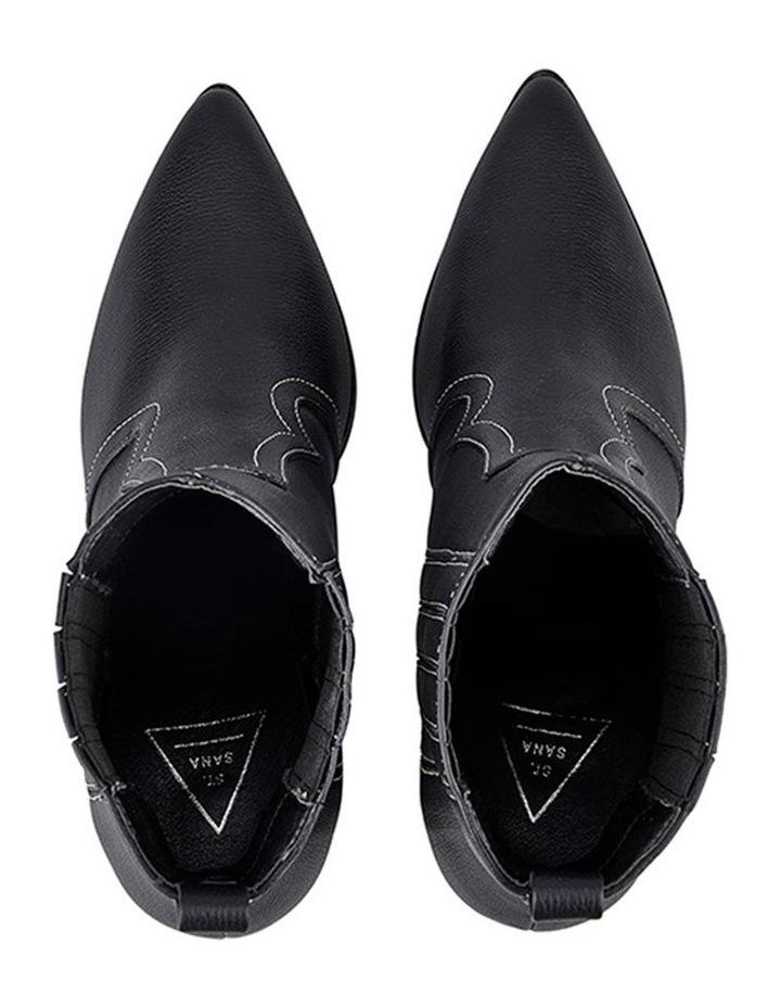 Bentley Boot image 5