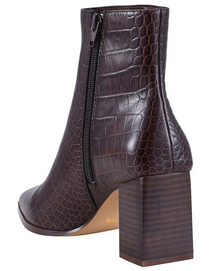 Buck Chocolate Boot image 4