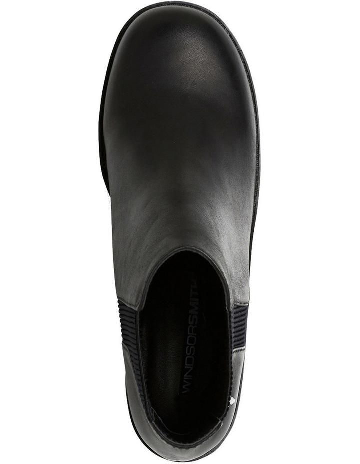 Icon Black Boot image 3