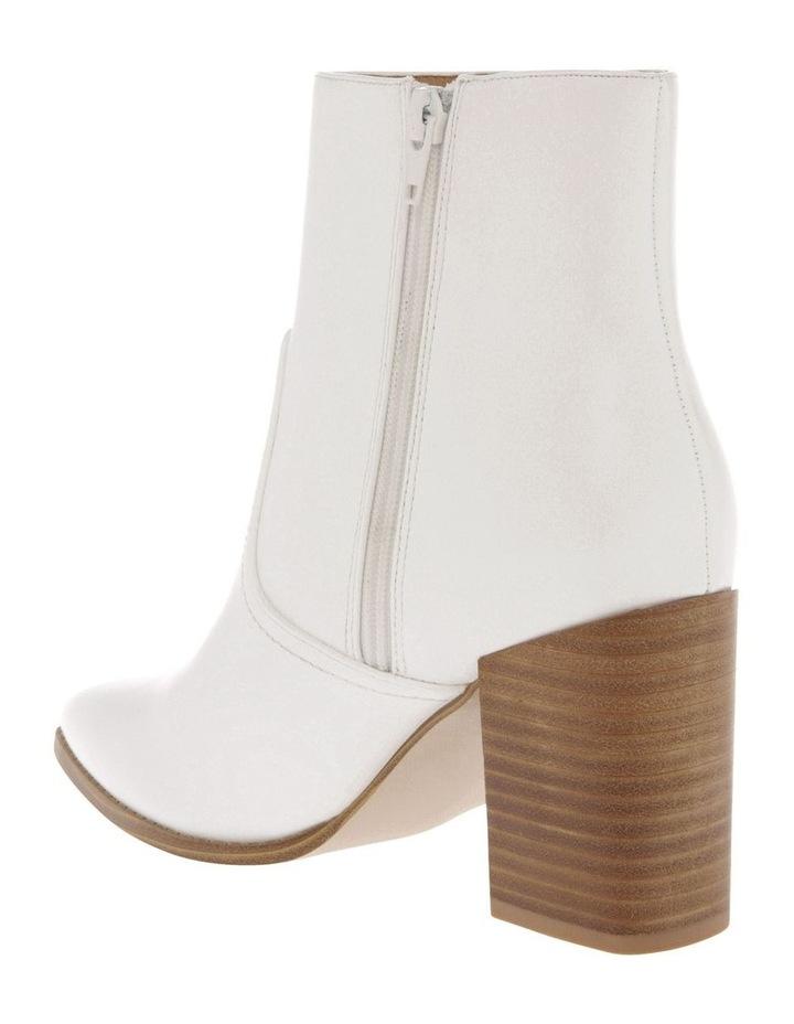 Nova White Boot image 2