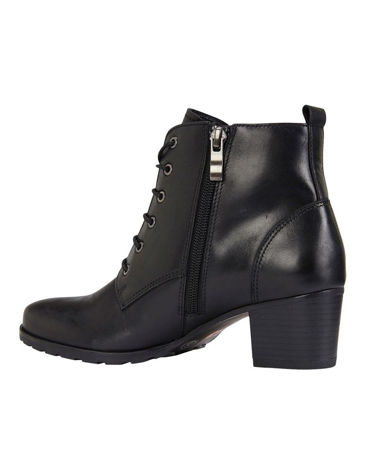 Kakadu Black Glove Boot image 7