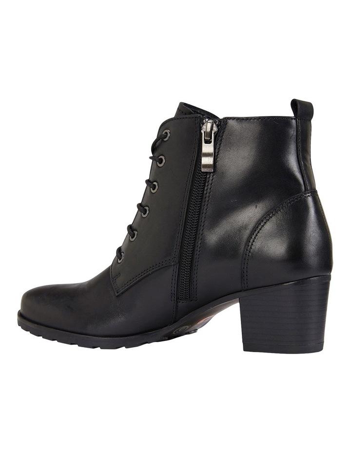 Kakadu Black Glove Boot image 8
