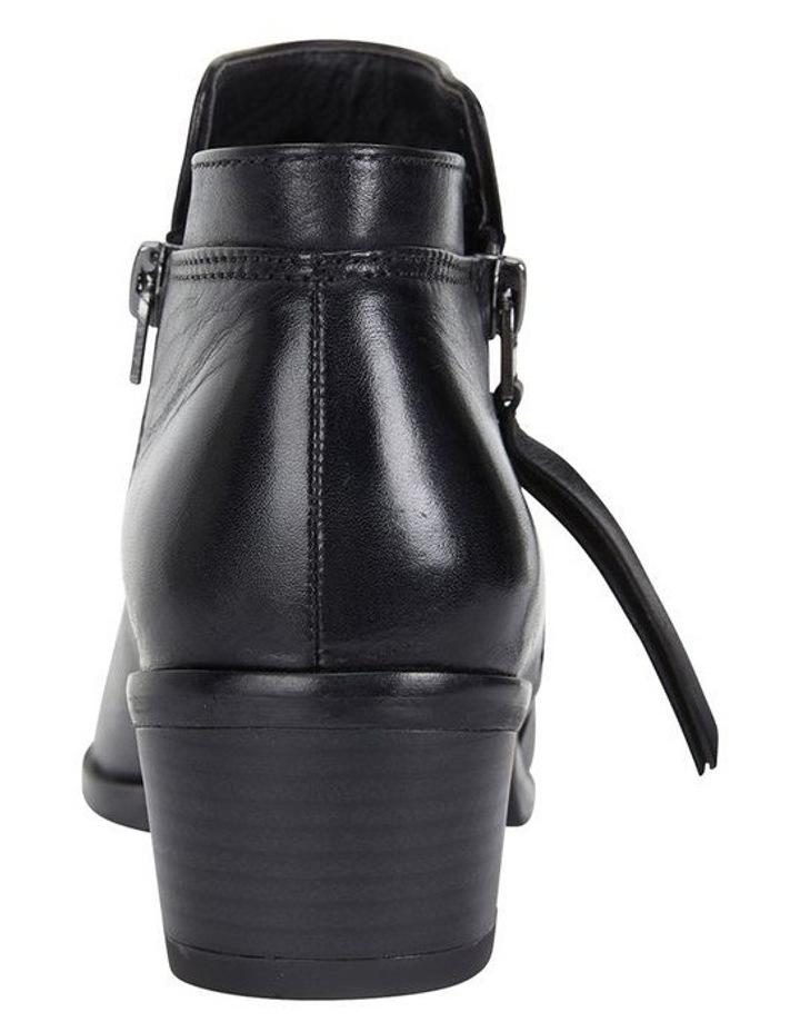 Mentor Black Glove Boot image 5