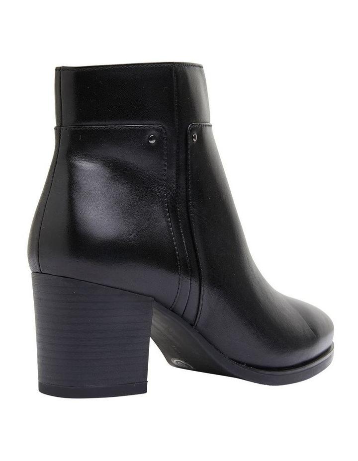 Newton Black Glove Boot image 4