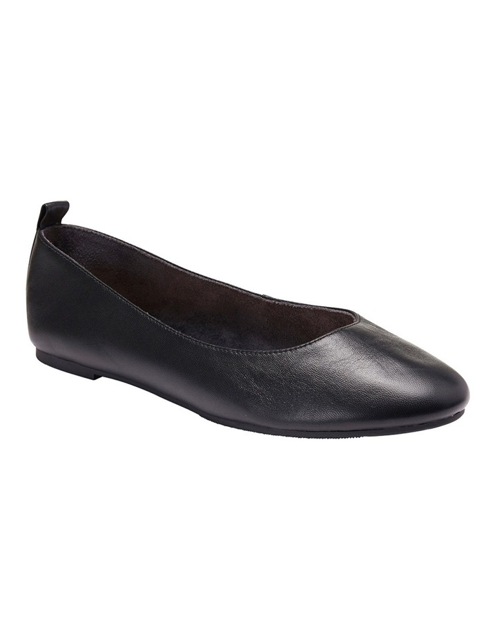 Gaze Black Glove Flat Shoes image 4