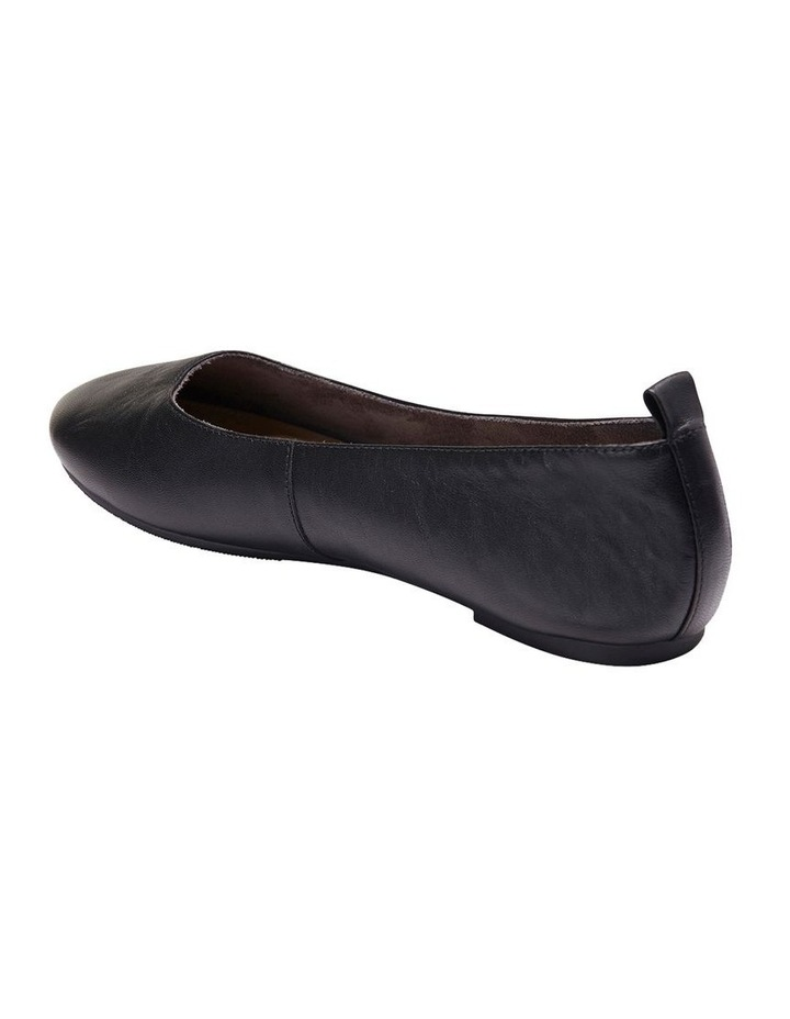 Gaze Black Glove Flat Shoes image 5
