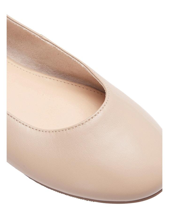 Gaze Nude Glove Flat Shoes image 8