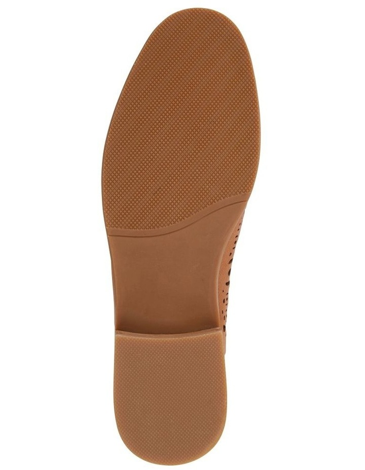 Satchel Tan Glove Flat Shoes image 6