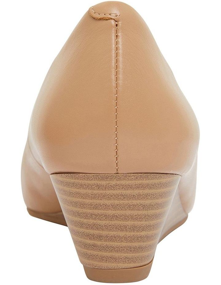 Henry Camel Glove Heeled Shoes image 5