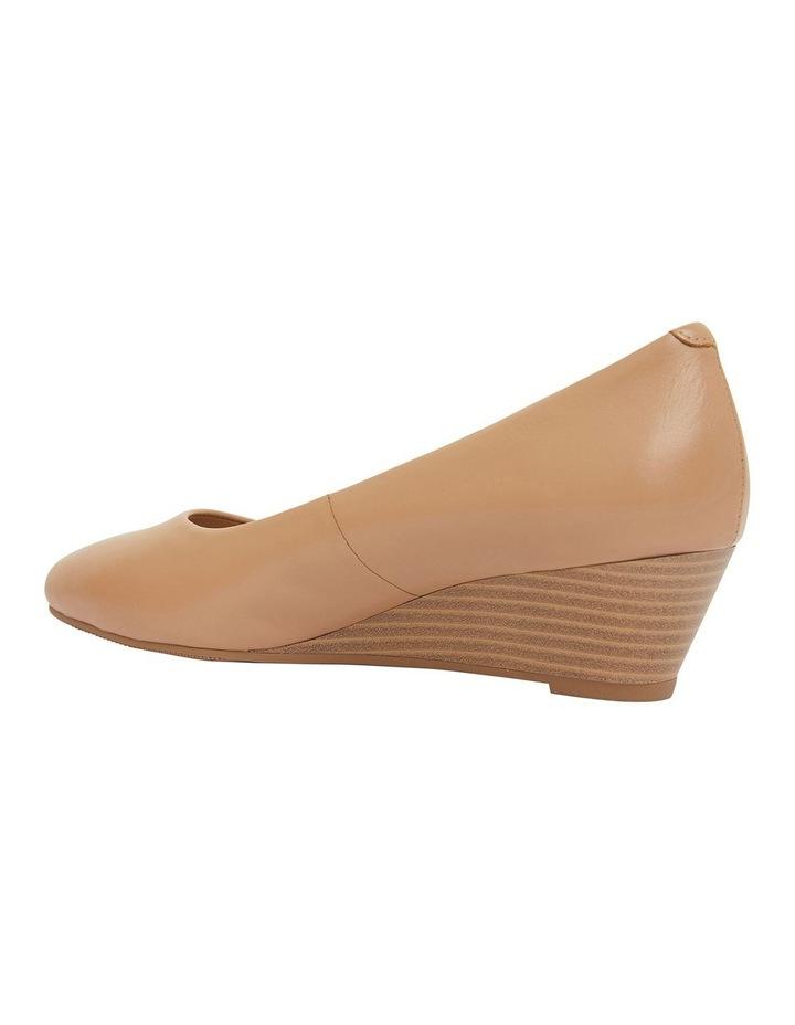 Henry Camel Glove Heeled Shoes image 7