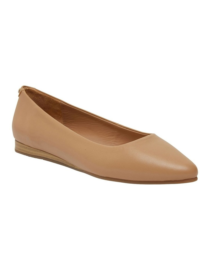 Laura Camel Glove Flat Shoes image 2