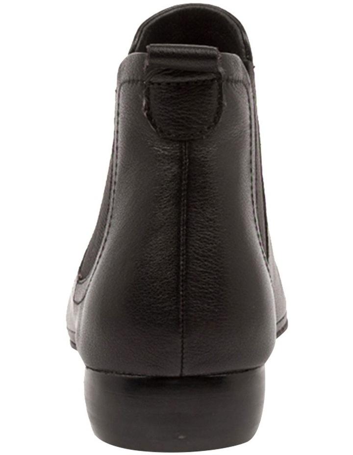 Ruma Black Leather image 5
