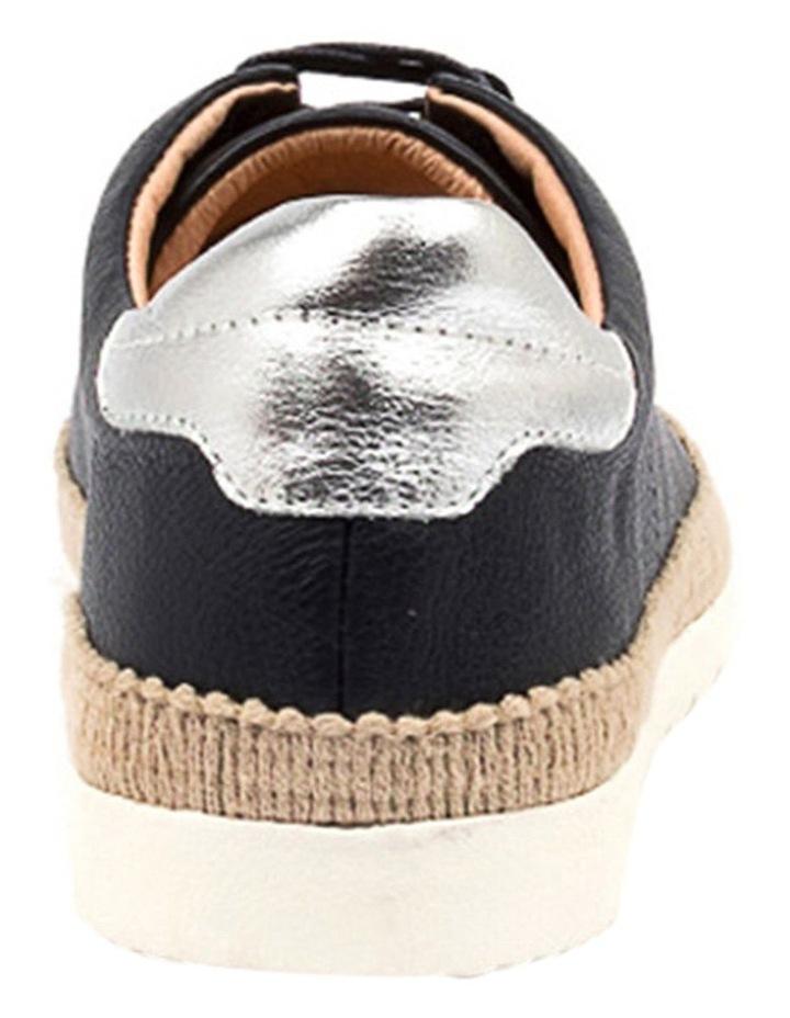 Aquine Sneaker image 4