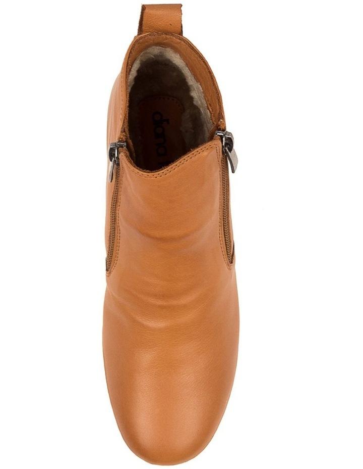 Mariun Tan Leather image 4