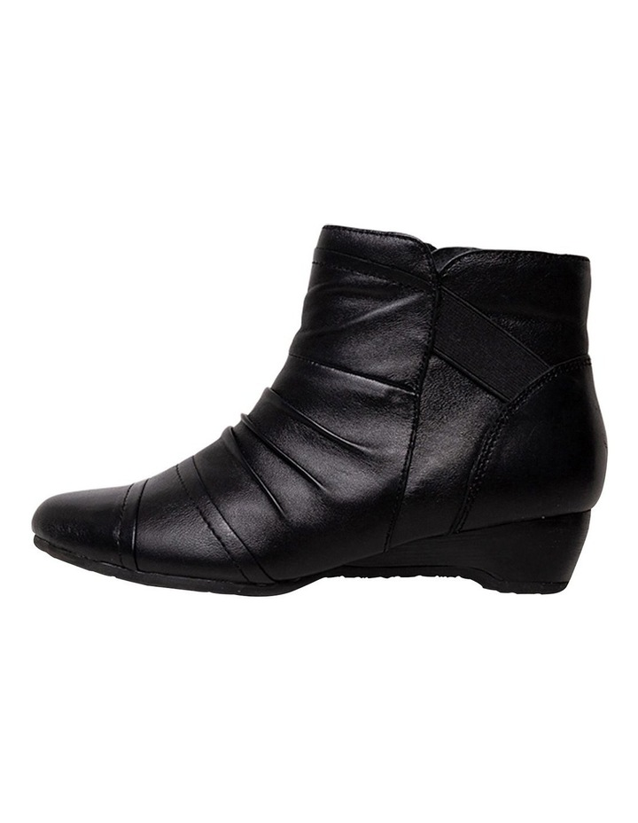 Supersoft Davenport Black Boot image 2