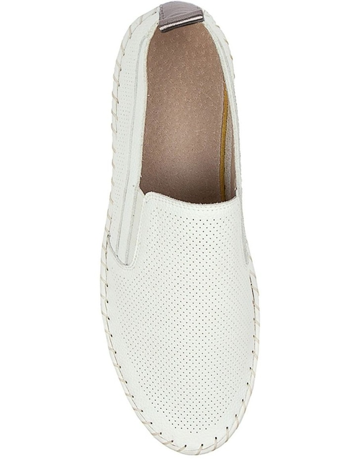 Wisteria Sneaker White/White image 5