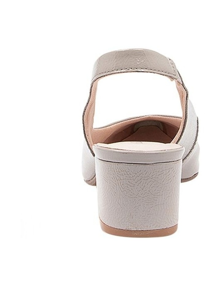 Kadnook Heeled Shoes Pale Taupe Crinkle Patent image 4