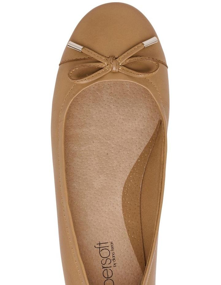 Supersoft Embark Tan Flat Shoe image 3