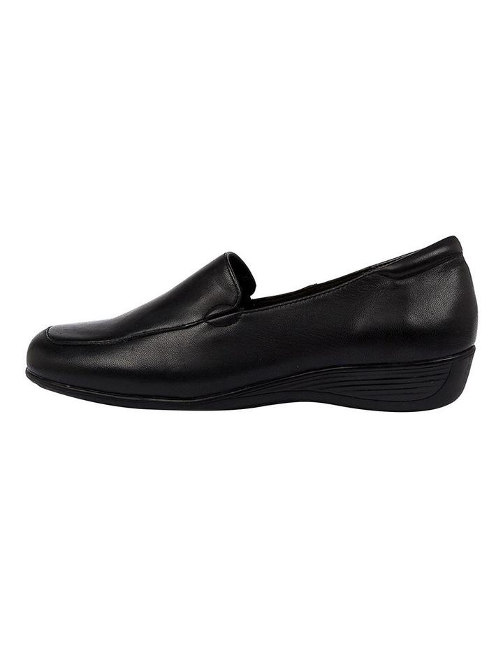 Pearley Flat Shoe image 3