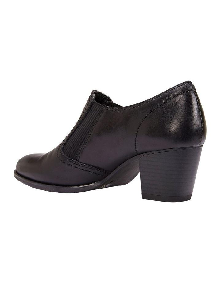 Irene Boot image 5
