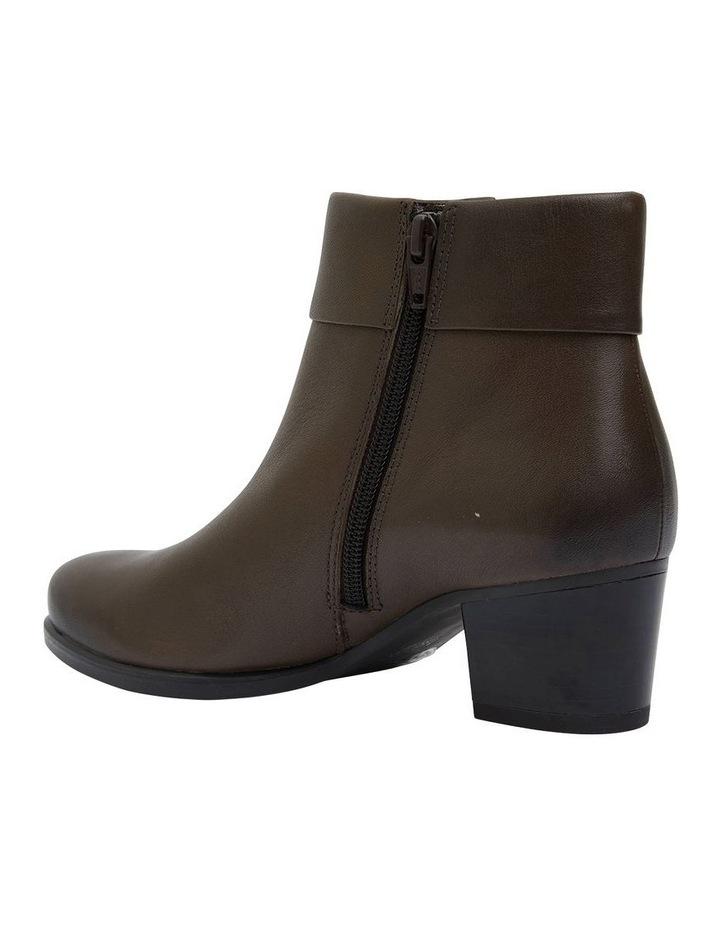 Tenor Khaki Glove Boot image 4