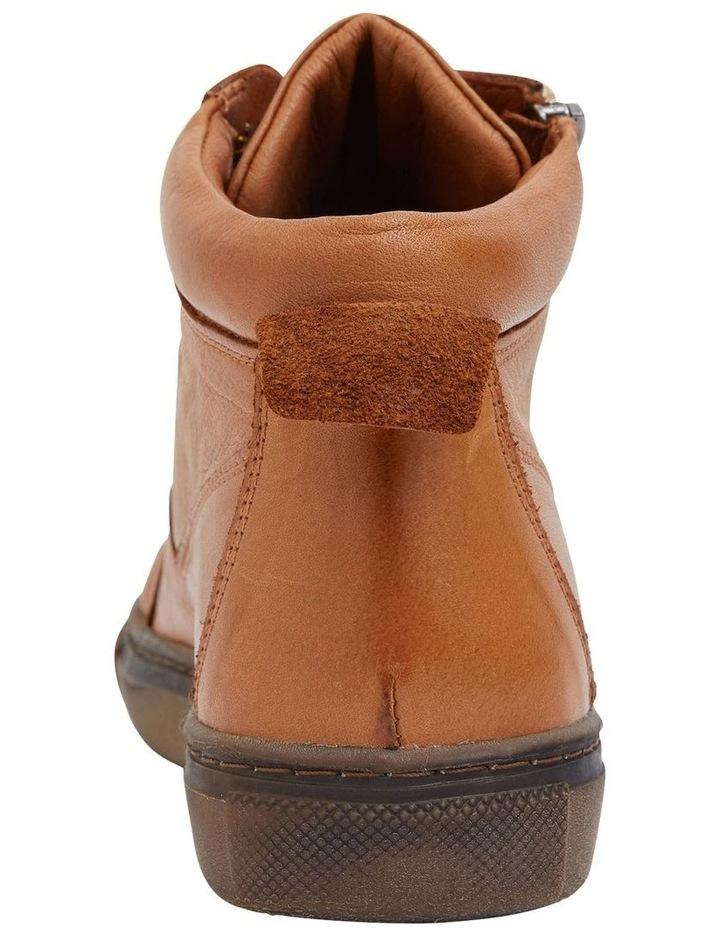 Wagner Tan Glove Boot image 5