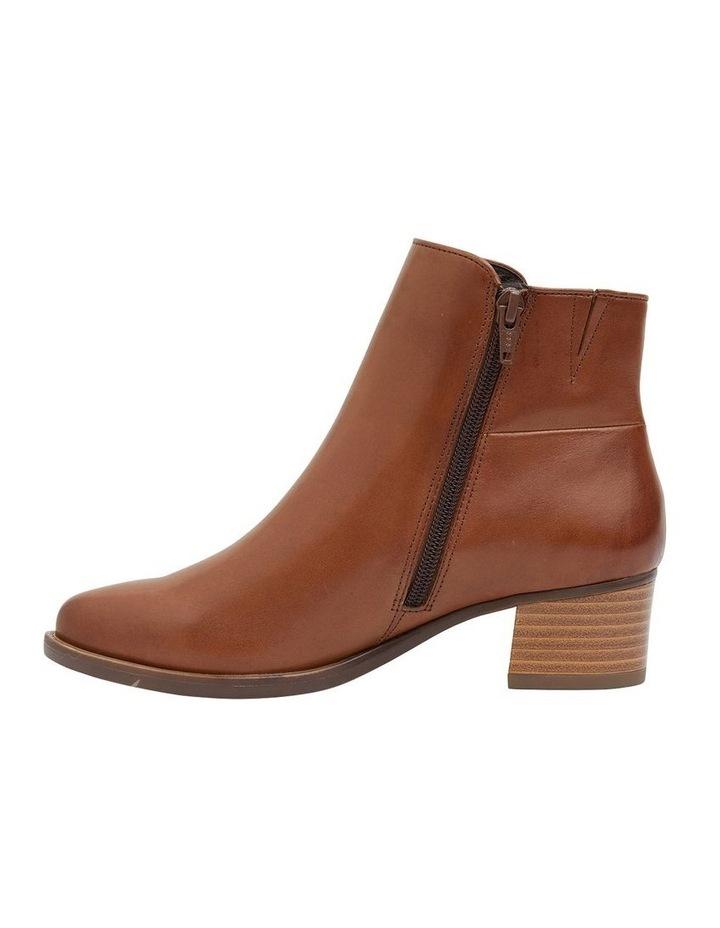 Dapper Tan Glove Boot image 3