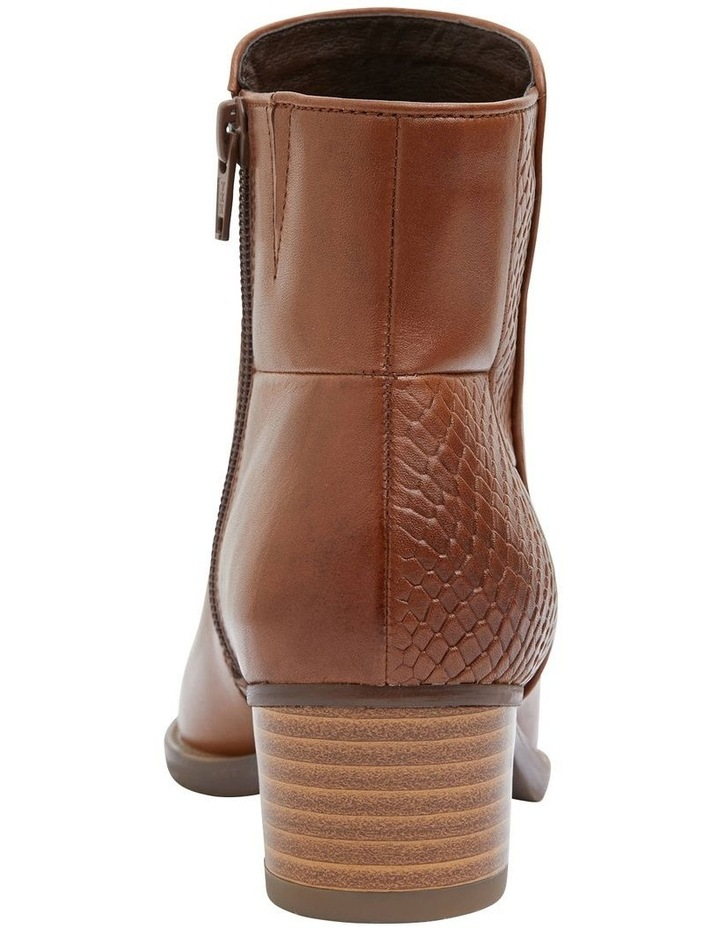 Dapper Tan Glove Boot image 5