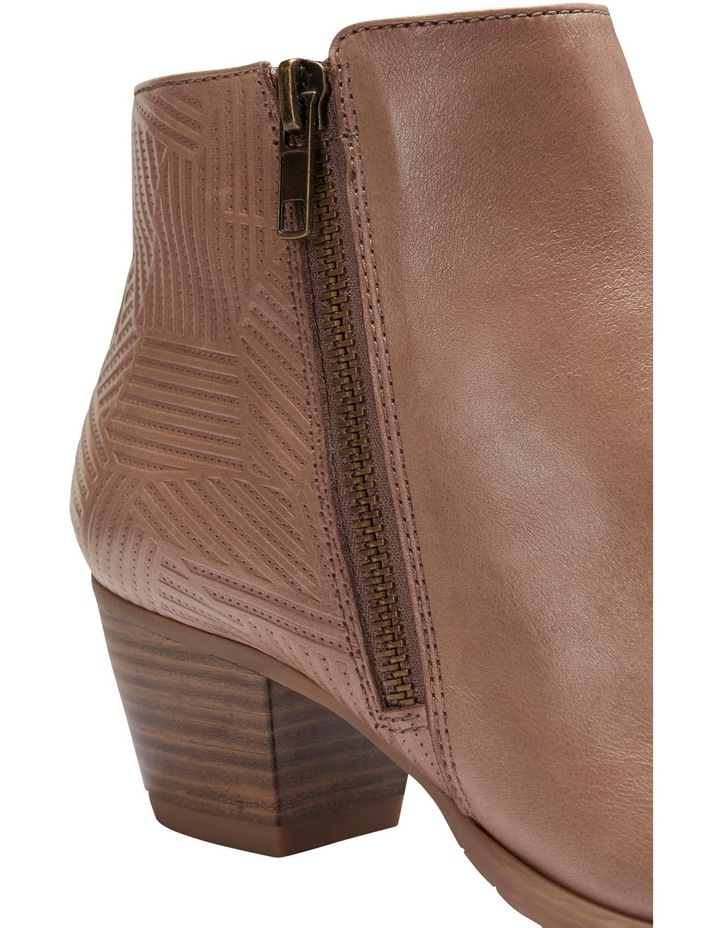 Lincoln Taupe Glove Boot image 7