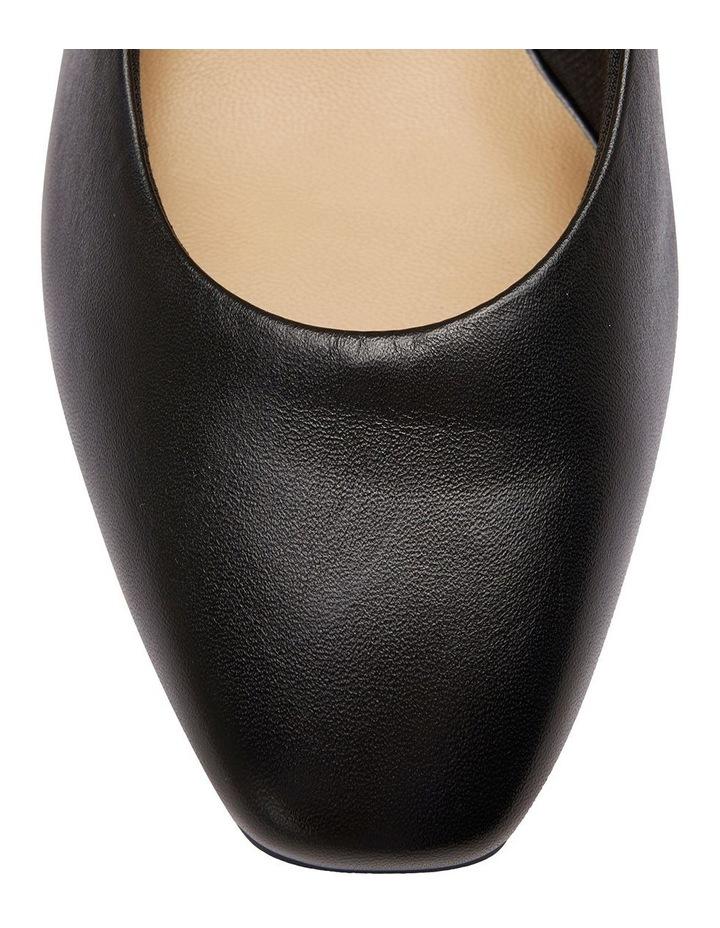 Gamma Black Glove Court Shoe image 7